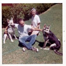 Bob&PattyLessard&DogsAlphaDietesReddingCalif